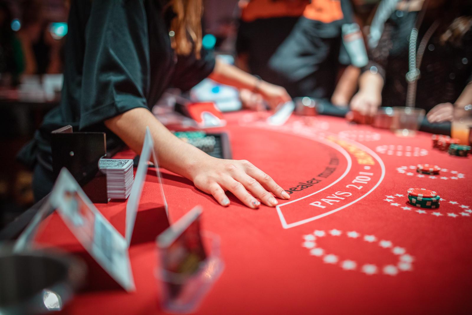 Magic of Main Street – 2019 Casino Royale Fundraiser Night
